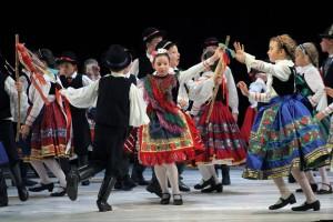 Csillagszemű folk dance with Böske Tímár